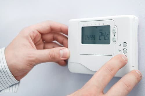 What's wrong with my furnace thermostat?